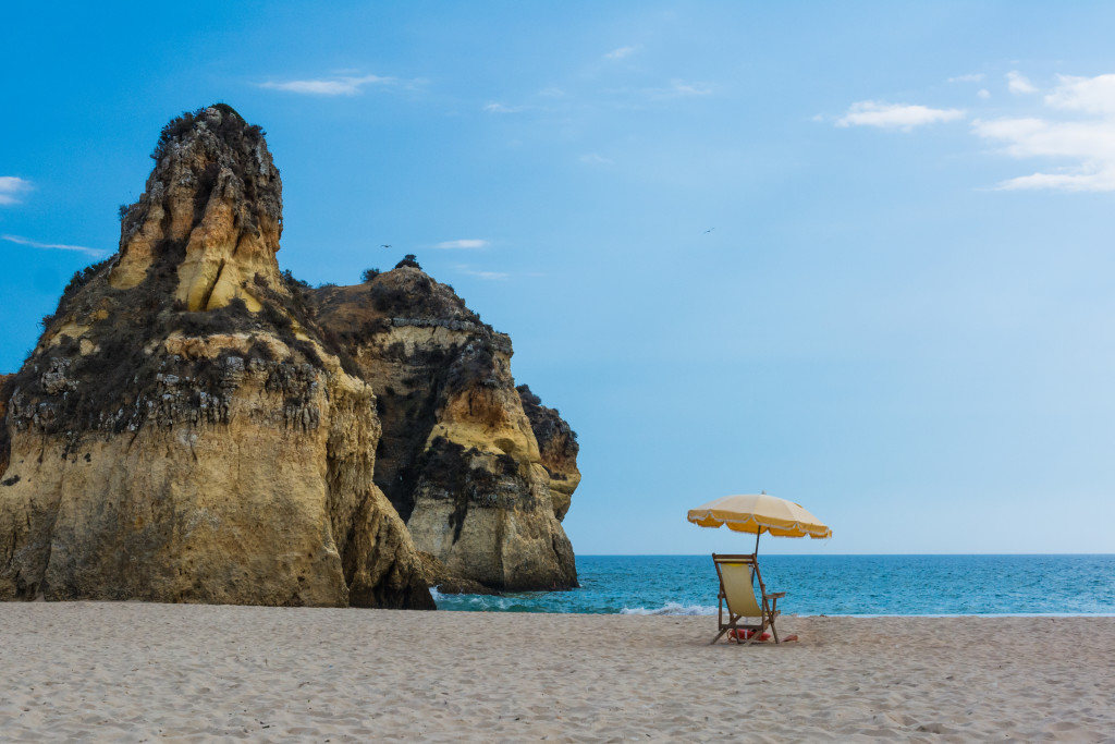 beach, passive income